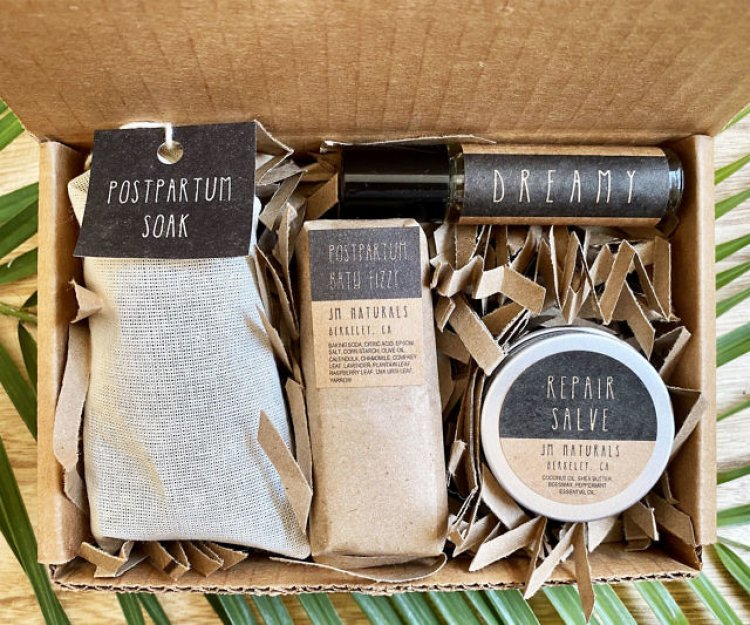 Personalized Postpartum Care Kit