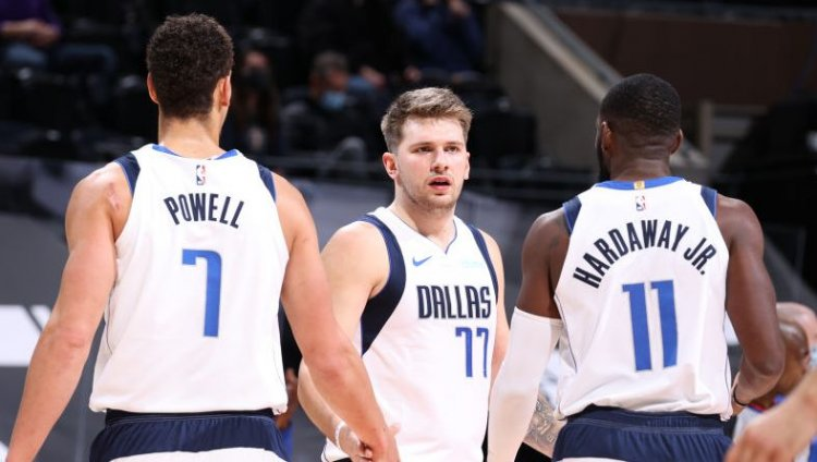 "Frustrated Luka Doncic: ""Right now it's looking like we don't care"""