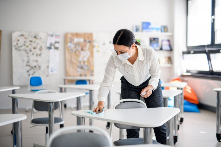 Teachers may spread COVID-19 more than students, CDC study suggests