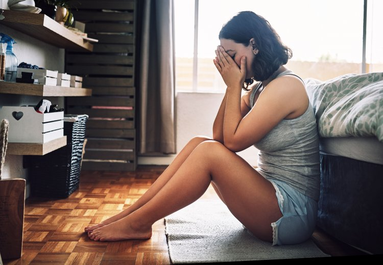 3 Reasons You're More Anxious In The Morning (And How To Fix It)